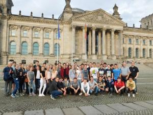 Gruppenbild_Reichstag